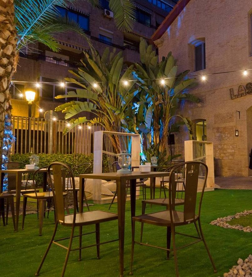 El primer gastro chill out de Valencia, Las 3 Huellas, abre sus puertas en el Hotel Solvasa