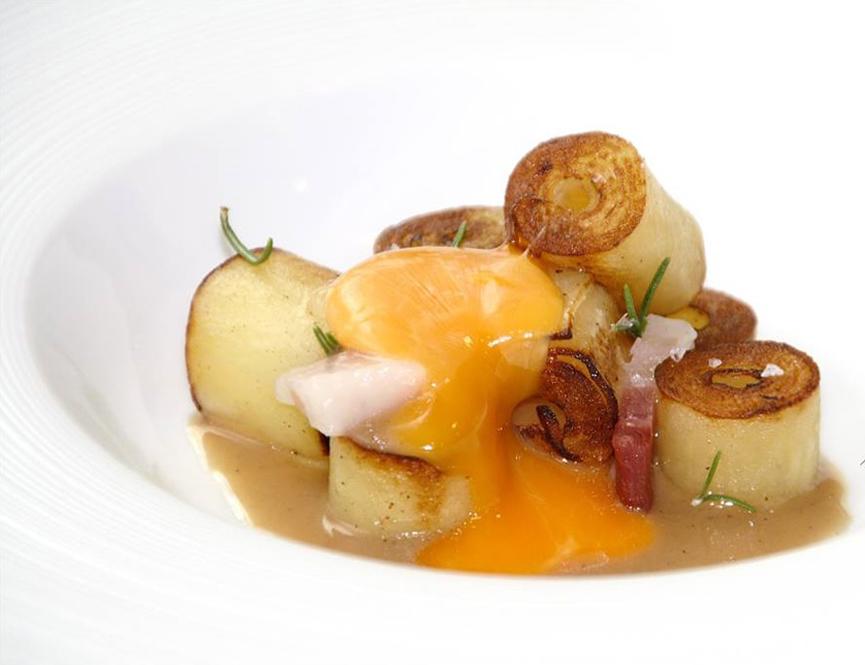 Vicente Patiño es el chef y propietario del restaurante Saiti en Valencia