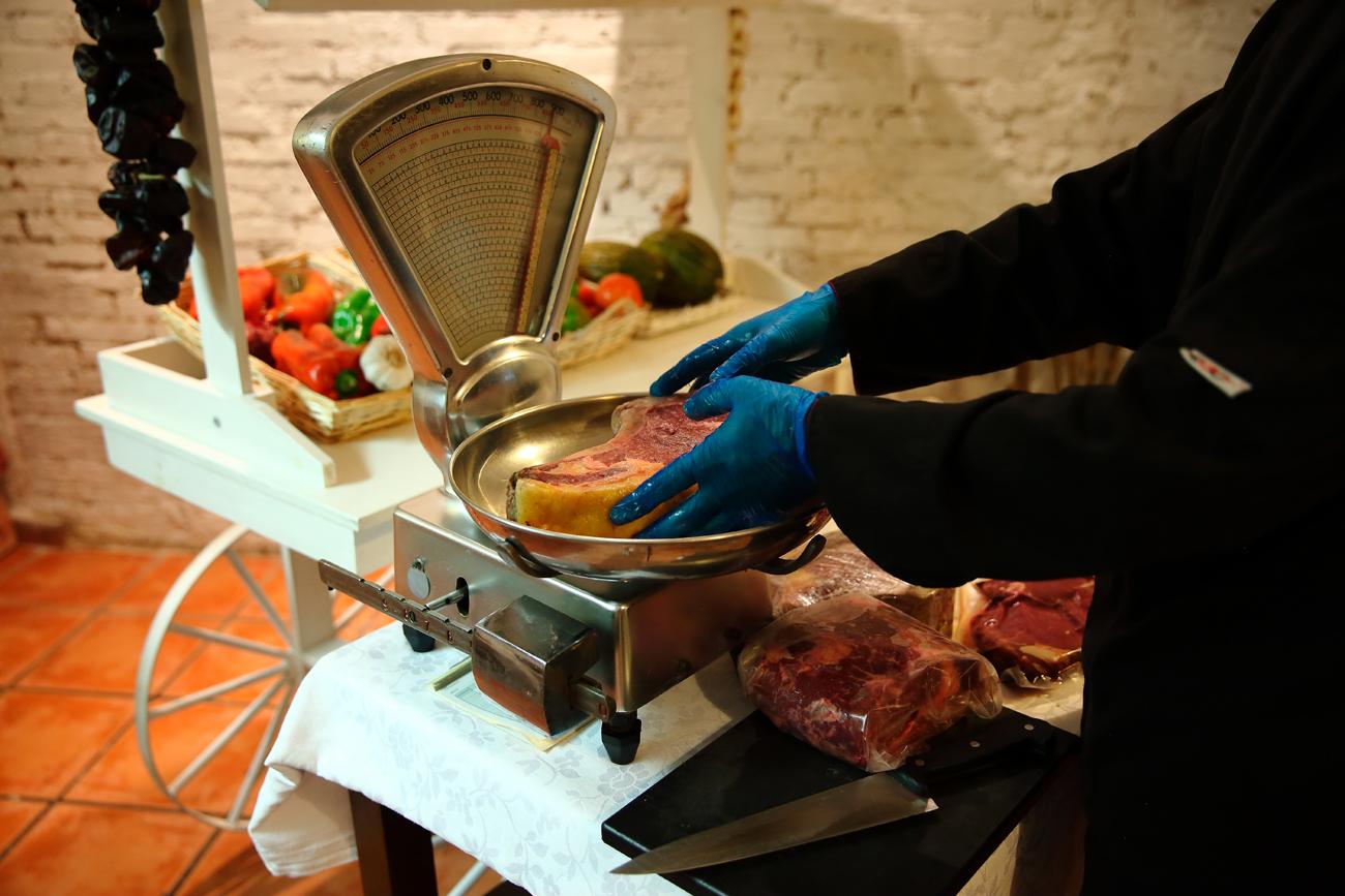 En Meat Market Restaurante (Valencia) son especialistas en carne de vaca madurada