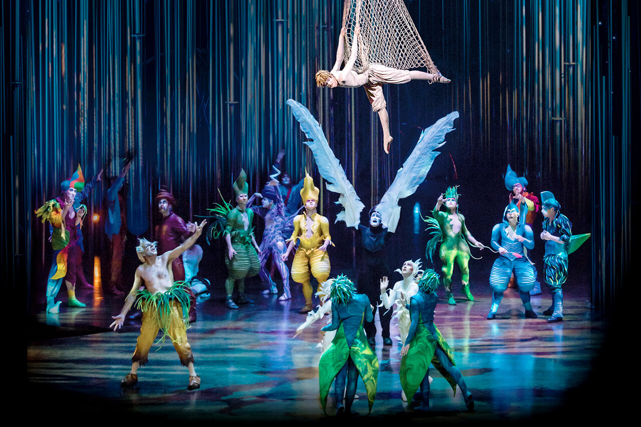 El circo del sol presenta varekai en valencia for Espectaculo circo de soleil