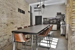 Germán Carrizo y Carito Lourenço dan vida a Fierro, un restaurante en Valencia con una única mesa