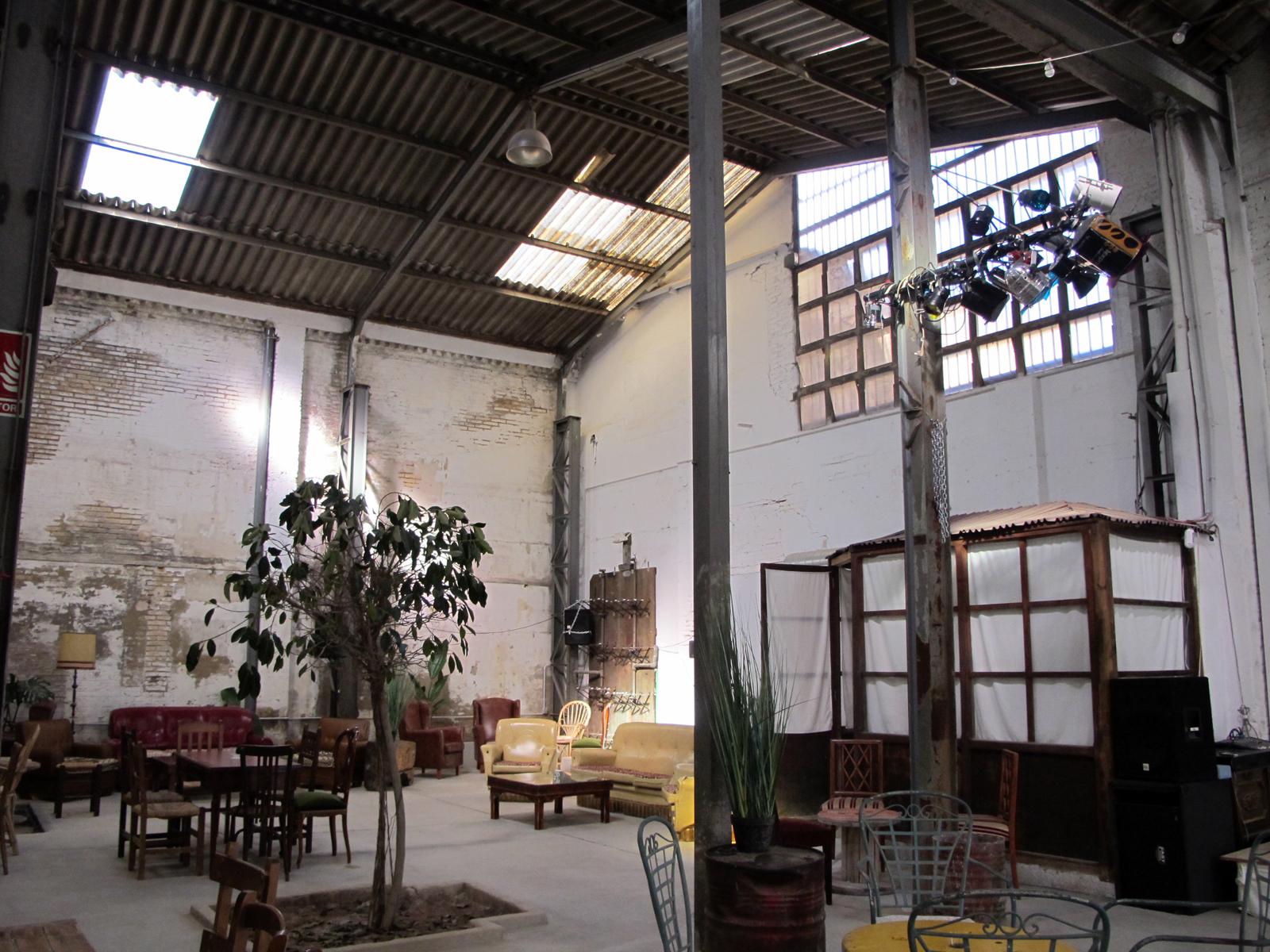 La f brica de hielo a na cultura y gastronom a en el cabanyal - Fabrica de lamparas en valencia ...