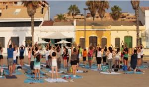 Este verano clases de yoga en La Más Bonita
