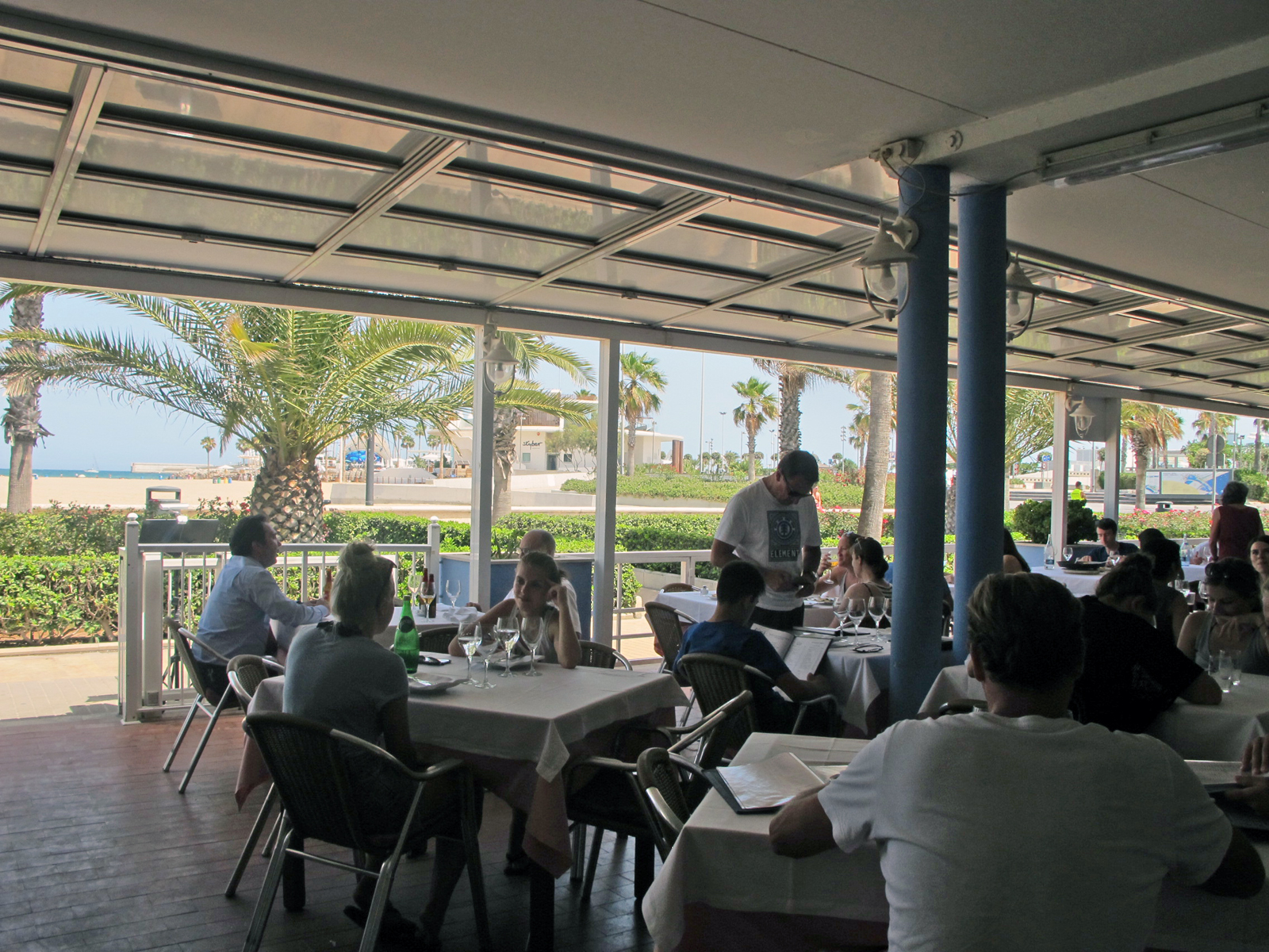 Arroces marineros a precios especiales en 17 restaurantes de la Playa de las Arenas