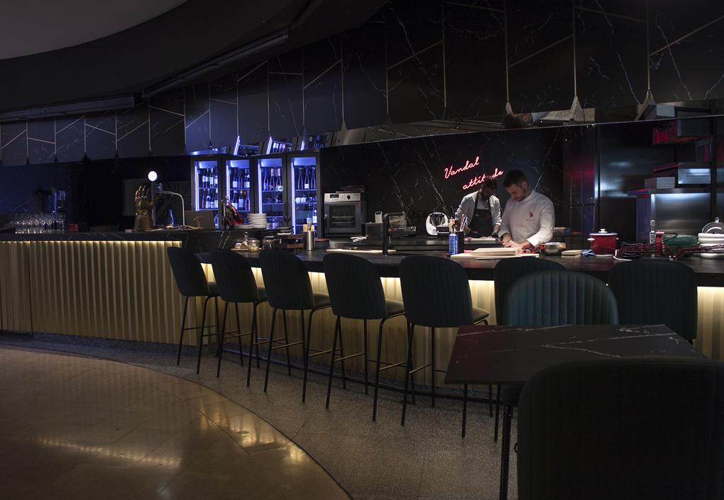 Momiji Atelier, el nuevo restaurante de Diego Laso en el Mercado de Colón.