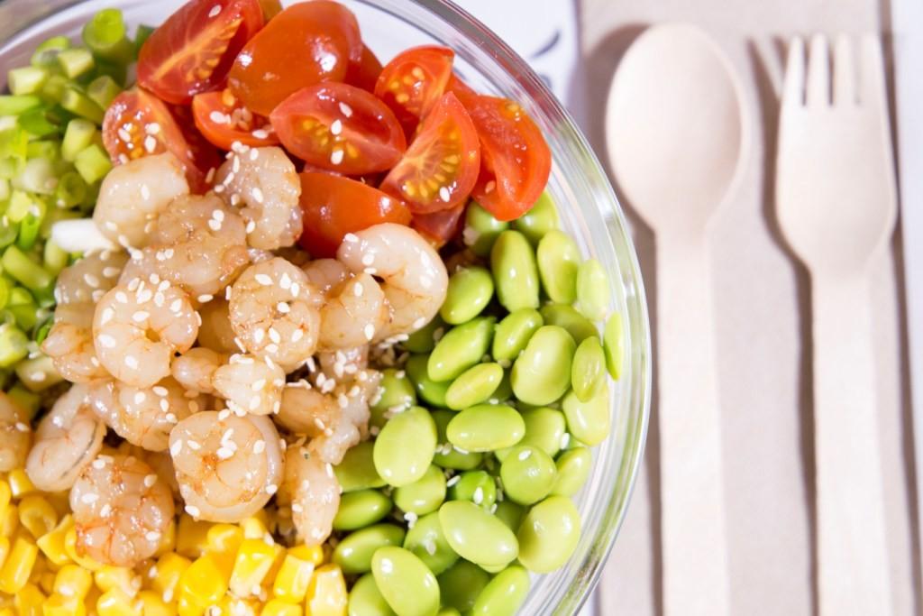 City Poké, pone de moda la moda de los pokés bowls o comida saludable en Valencia.