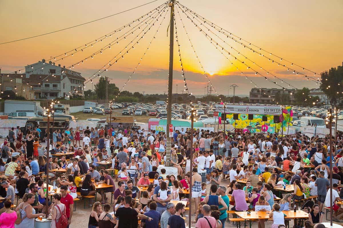 Solmarket 2019 se celebra nuevamente en la Playa de El Puig.